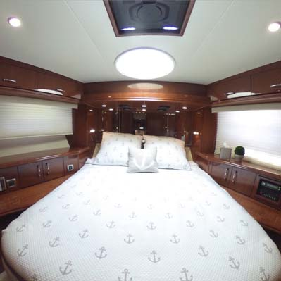 Forward Stateroom   click image for View 360