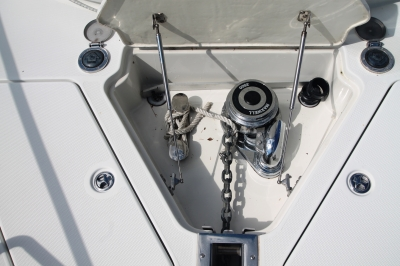 Concealed Windlass   click image to enlarge