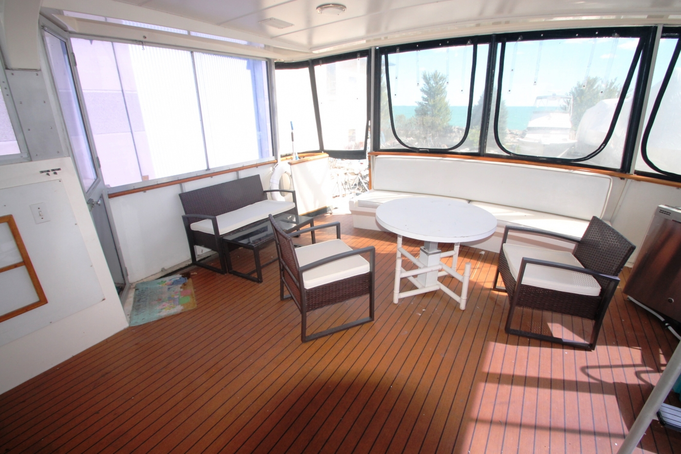 AFT Deck to STBD
