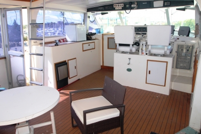 AFT Deck Lookng FWD   click image to enlarge