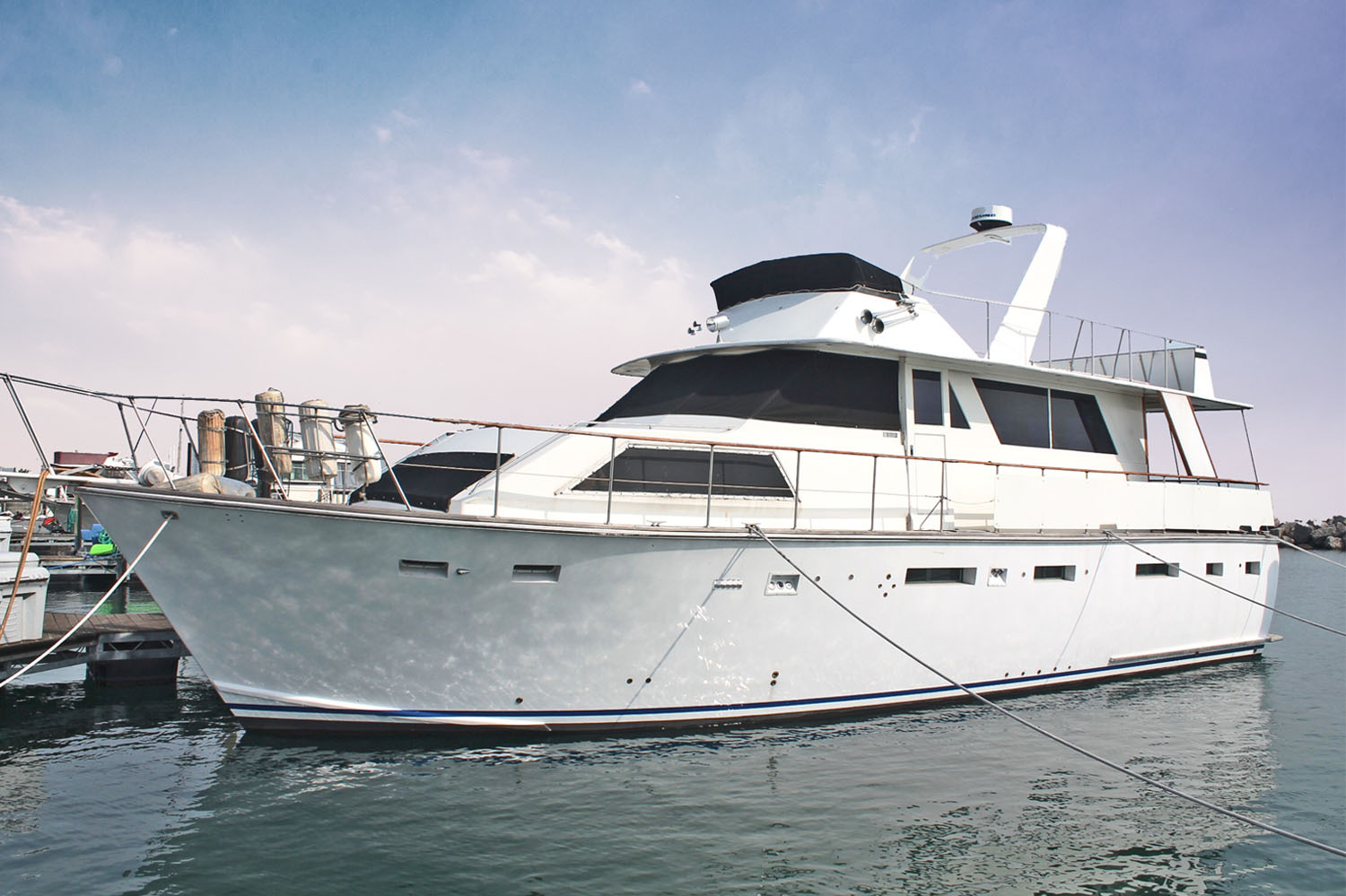 53' Trojan Deckhouse Motor Yacht for sale in Chicago
