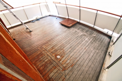 AFT Deck Astern   click image to enlarge