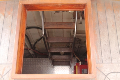 AFT Deck ladder to Engine Room   click image to enlarge