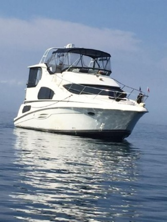 Silverton Yacht 39 feet for sale