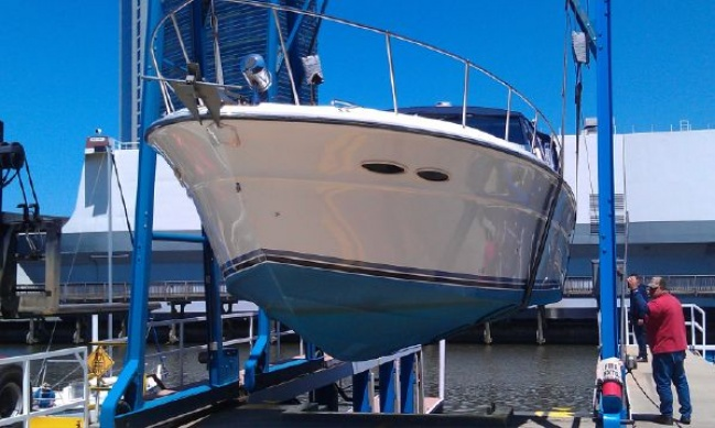 Sea Ray 390 Express Cruiser for sale